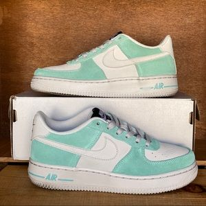 Nike Air Force 1 Low Island Green Suede